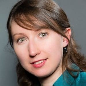 Ekaterina Tolstykh, Guide conferencière