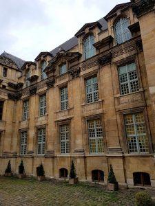 Façade sur cour Renaissance de l'hôtel de Lamoignon