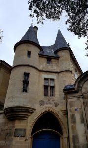 Vestiges de l'hôtel de Clisson dans le Marais actuel